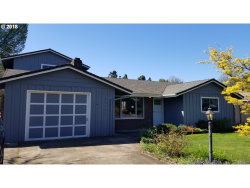 Photo of 10360 SW MEADOW ST, Tigard, OR 97223 (MLS # 17544959)