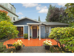 Photo of 2805 SW ROSWELL AVE, Portland, OR 97201 (MLS # 17548793)