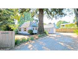 Photo of 14435 SW HALL BLVD, Tigard, OR 97224 (MLS # 17552116)