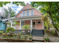 Photo of 3236 SE TAYLOR ST, Portland, OR 97214 (MLS # 17576602)