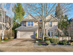 Photo of 12 MORNINGVIEW CIR, Lake Oswego, OR 97035 (MLS # 17584384)