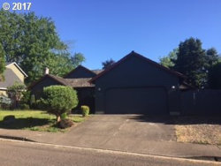 Photo of 412 MOUNTAINVIEW CT, Newberg, OR 97132 (MLS # 17590684)