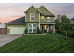 Photo of 964 SW 15TH CT, Troutdale, OR 97060 (MLS # 17595388)