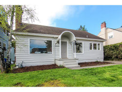 Photo of 2544 NW OVERTON ST, Portland, OR 97210 (MLS # 17640488)
