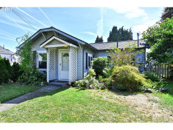 Photo of 3106 SE ROSWELL ST, Milwaukie, OR 97222 (MLS # 17646217)