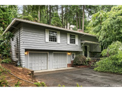 Photo of 17610 WESTVIEW DR, Lake Oswego, OR 97034 (MLS # 17678056)