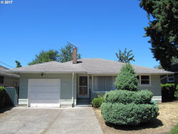 Photo of 11229 SE 34TH AVE, Milwaukie, OR 97222 (MLS # 17681625)