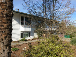 Photo of 32919 SUNSET DR, Scappoose, OR 97056 (MLS # 18009190)