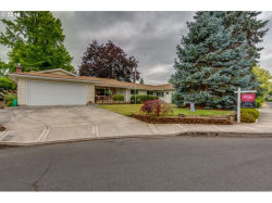 Photo of 1520 NE LINCOLN ST, Hillsboro, OR 97124 (MLS # 18013230)