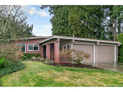 Photo of 5225 SW DOVER LN, Portland, OR 97225 (MLS # 18015645)