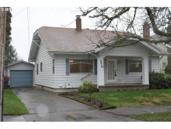 Photo of 2013 SE 56TH AVE, Portland, OR 97215 (MLS # 18019397)