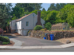 Photo of 790 E KENMORE ST, Gladstone, OR 97027 (MLS # 18026443)