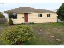 Photo of 834 GARFIELD AVE, Coos Bay, OR 97420 (MLS # 18052262)