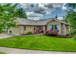 Photo of 801 WENDY CT, West Linn, OR 97068 (MLS # 18054422)
