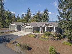 Photo of 31405 BRIARWOOD DR, Scappoose, OR 97056 (MLS # 18084458)