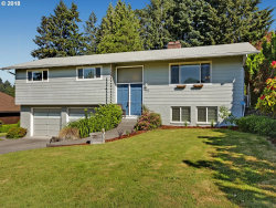 Photo of 4425 SE OLD ORCHARD CT, Milwaukie, OR 97267 (MLS # 18091823)