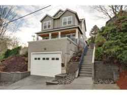 Photo of 1722 SW CUSTER ST, Portland, OR 97219 (MLS # 18144271)