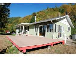 Photo of 596 SUNNY RIDGE LN, Reedsport, OR 97467 (MLS # 18146606)