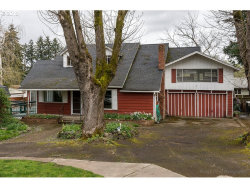 Photo of 2503 SE MAPLE ST, Milwaukie, OR 97267 (MLS # 18165519)