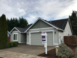 Photo of 1425 SE 7TH AVE, Canby, OR 97013 (MLS # 18169403)
