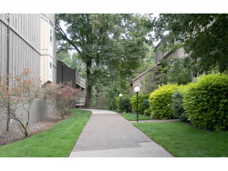 Photo of 4 TOUCHSTONE , Unit 122, Lake Oswego, OR 97035 (MLS # 18183177)