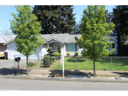 Photo of 1904 SE 148TH AVE, Portland, OR 97233 (MLS # 18186976)