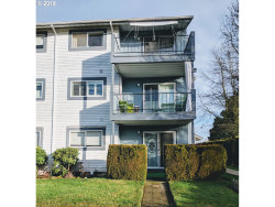 Photo of 950 EVERGREEN RD , Unit 122, Woodburn, OR 97071 (MLS # 18200421)