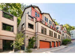 Photo of 1822 SW 18TH AVE , Unit 5, Portland, OR 97201 (MLS # 18205415)