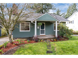 Photo of 7225 SW 32ND AVE, Portland, OR 97219 (MLS # 18211407)