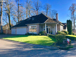 Photo of 5064 HASTINGS DR, Lake Oswego, OR 97035 (MLS # 18294570)