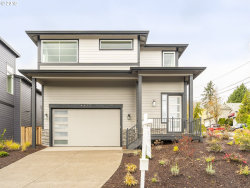 Photo of 4420 RIVERVIEW AVE, West Linn, OR 97068 (MLS # 18310148)