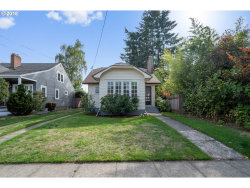 Photo of 5812 SE LAFAYETTE ST, Portland, OR 97206 (MLS # 18317994)
