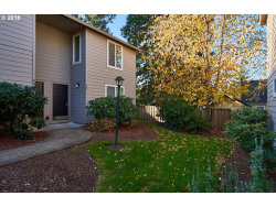 Photo of 10900 SW 76TH PL , Unit 49, Tigard, OR 97223 (MLS # 18318207)
