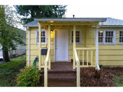 Photo of 6722 SE 64TH AVE, Portland, OR 97206 (MLS # 18319886)