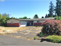 Photo of 15442 SE MORNING GLORY CT, Milwaukie, OR 97267 (MLS # 18321030)