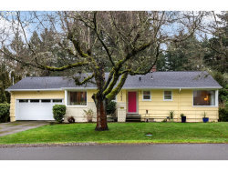 Photo of 1393 SW MAPLECREST DR, Portland, OR 97219 (MLS # 18324682)