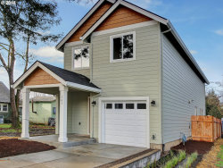 Photo of 141 NW Bailey AVE, Hillsboro, OR 97123 (MLS # 18337611)