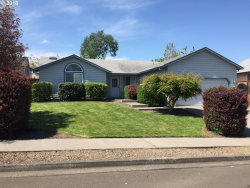 Photo of 2837 SE CHANDLER AVE, Troutdale, OR 97060 (MLS # 18340808)