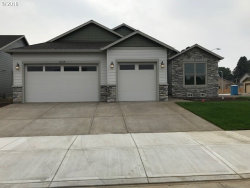 Photo of 1225 Daylily ST, Woodburn, OR 97071 (MLS # 18343526)