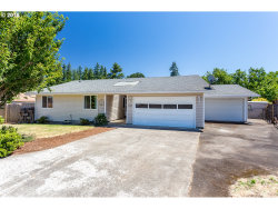 Photo of 52272 IRONWOOD CT, Scappoose, OR 97056 (MLS # 18365180)
