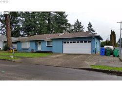 Photo of 656 SE 156TH AVE, Portland, OR 97233 (MLS # 18381490)