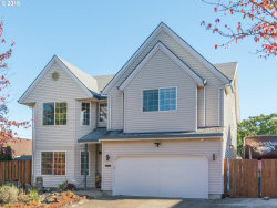 Photo of 16186 SW SEXTON MOUNTAIN DR, Beaverton, OR 97007 (MLS # 18390463)