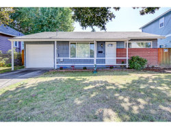 Photo of 2718 N HUNT ST, Portland, OR 97217 (MLS # 18412602)