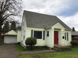 Photo of 624 CHURCH ST, Woodburn, OR 97071 (MLS # 18428382)