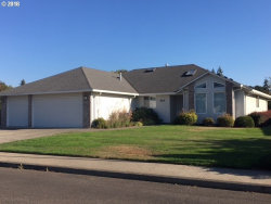 Photo of 403 NW 11TH ST, Battle Ground, WA 98604 (MLS # 18456394)