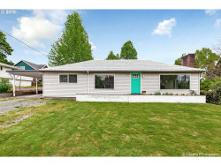 Photo of 3908 SE RISLEY AVE, Milwaukie, OR 97267 (MLS # 18469567)