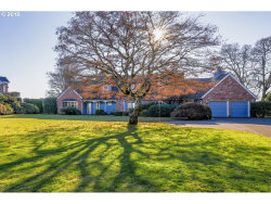 Photo of 702 RHODODENDRON DR, Vancouver, WA 98661 (MLS # 18474633)