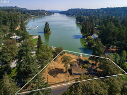 Photo of 4101 SOUTHSHORE BLVD, Lake Oswego, OR 97035 (MLS # 18486661)