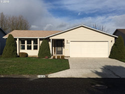 Photo of 1335 VANDERBECK LN, Woodburn, OR 97071 (MLS # 18489033)