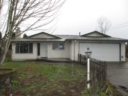 Photo of 10114 SE 70TH AVE, Milwaukie, OR 97222 (MLS # 18492426)
